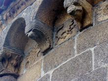 Detalle da ábside da Igrexa de Santa María